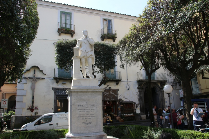 Statue in Sorrento, Italy