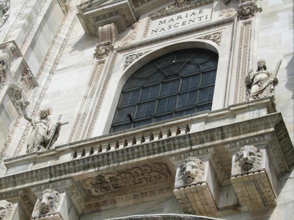 'Statue of Liberty' at Milano Duomo, Italy