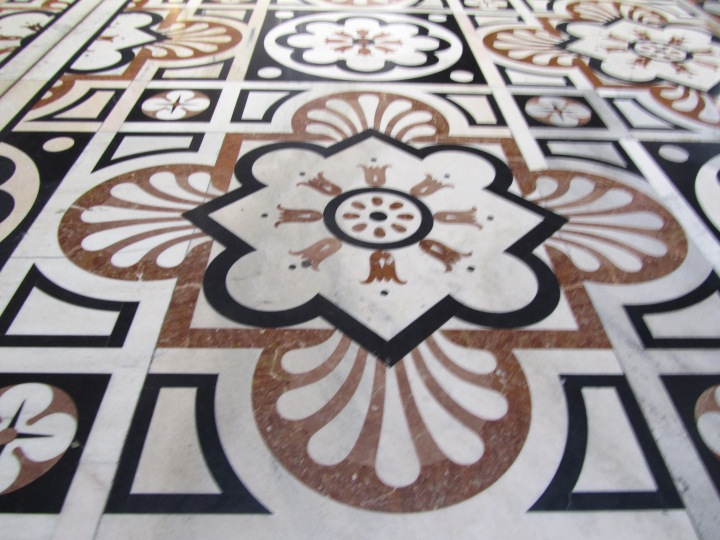 The beautiful marble floor in Milano Duomo