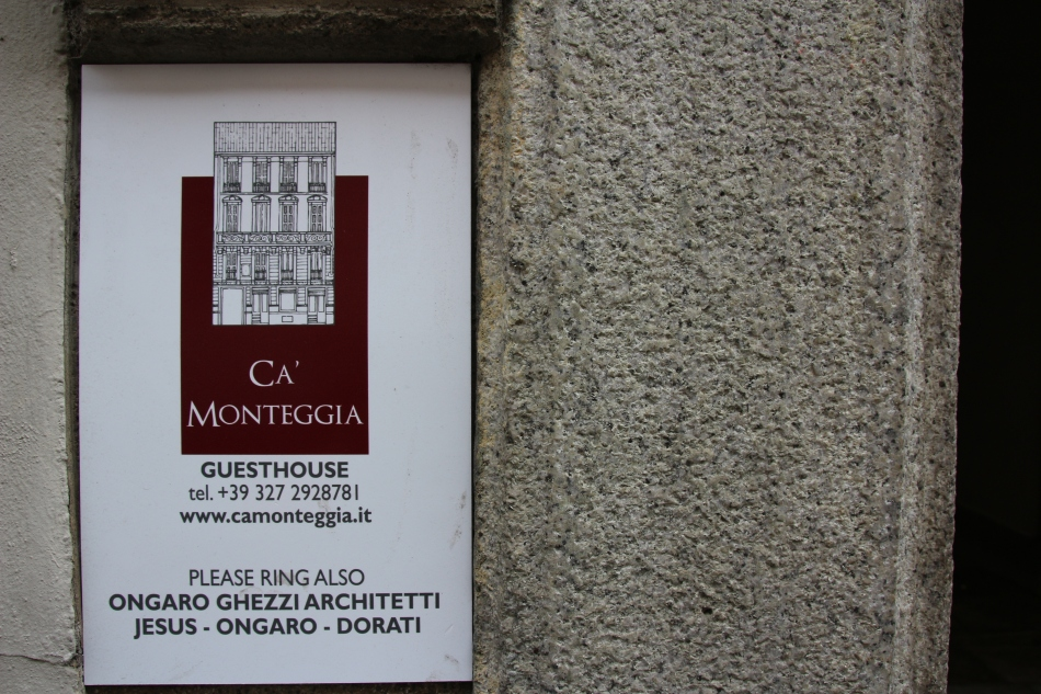 Entrance sign for Ca' Monteggia Guest House, Milan