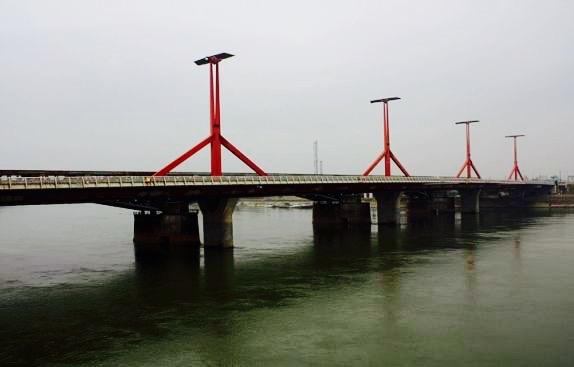 The Lagymanyosi Bridge, Budapest