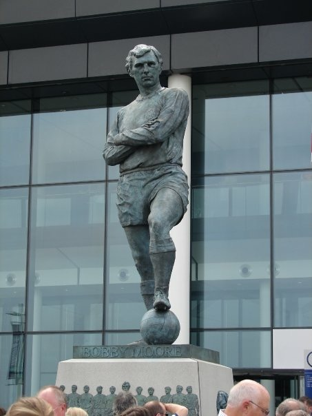 Statue of Bobby Moore at Wembley