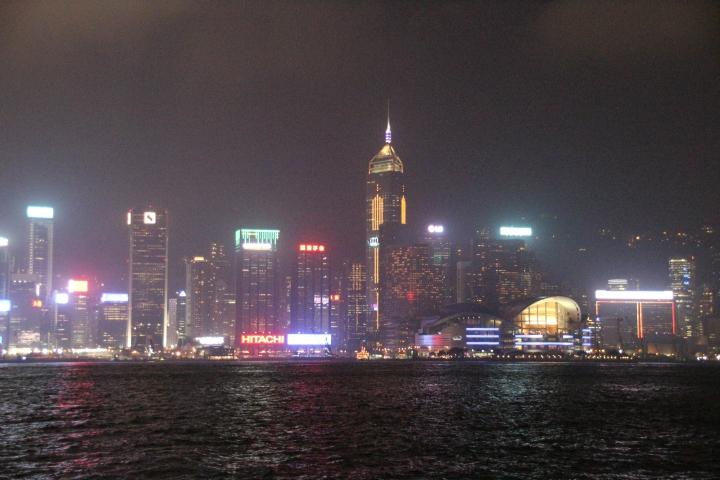 Hong Kong: Evening bus tour Kowloon & Symphony ofLights