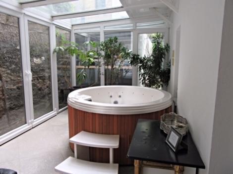 Hot tub available at the Antiq Palace Hotel & Spa, Ljubljana