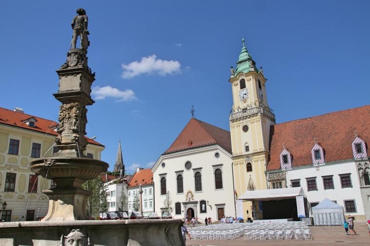 Hlavne Namestie - Main Square, Bratislava