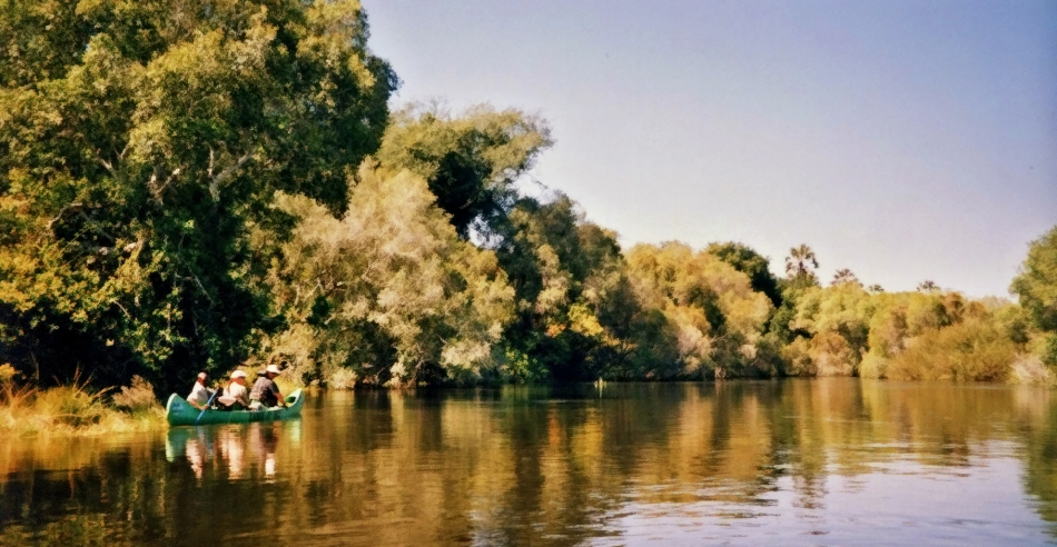 Canoeing the Zambezi River in Zimbabwe