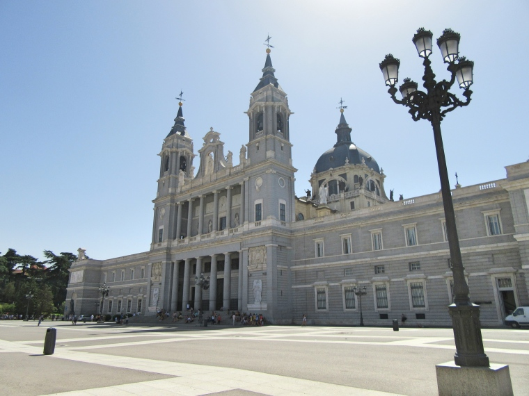 catedral-de-la-almundena-madrid
