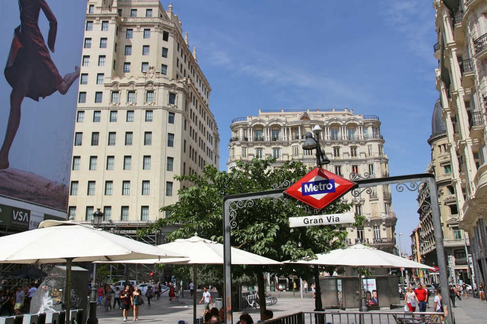 Grand Vie Metro Station, Madrid