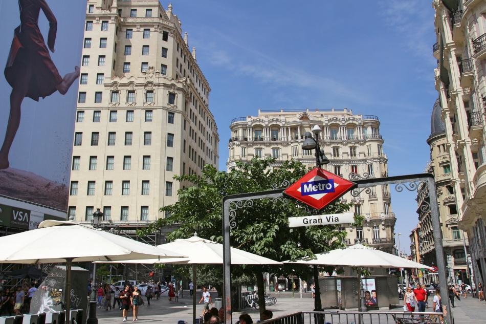 Grand Vie Metro Station, Madrid