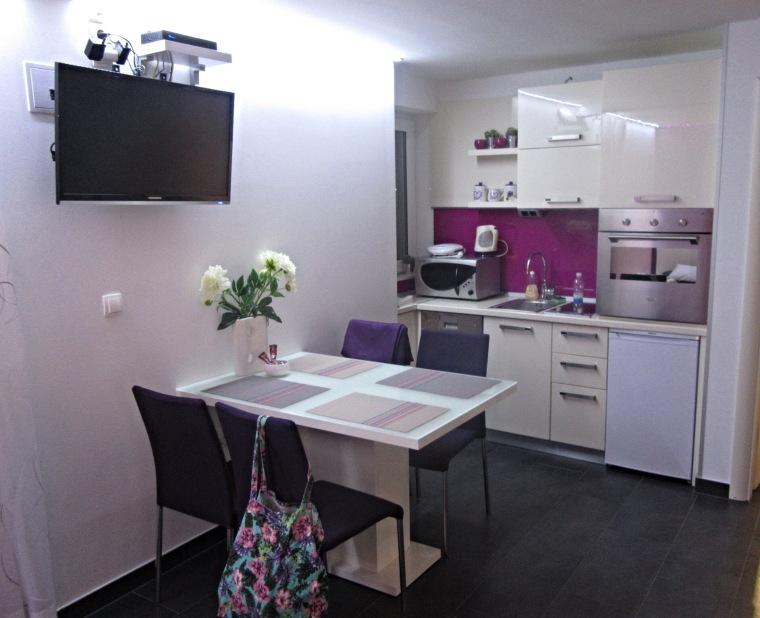 Dining table & kitchen in Diokles Studio Apartmen in Split, Croatia