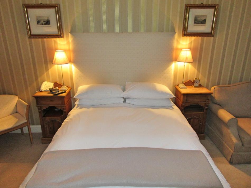 The Horseshoe Inn, Peebles Bedroom