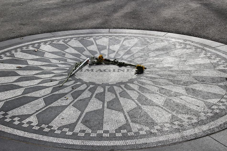 Strawberry Fields, Central Park, New York, America