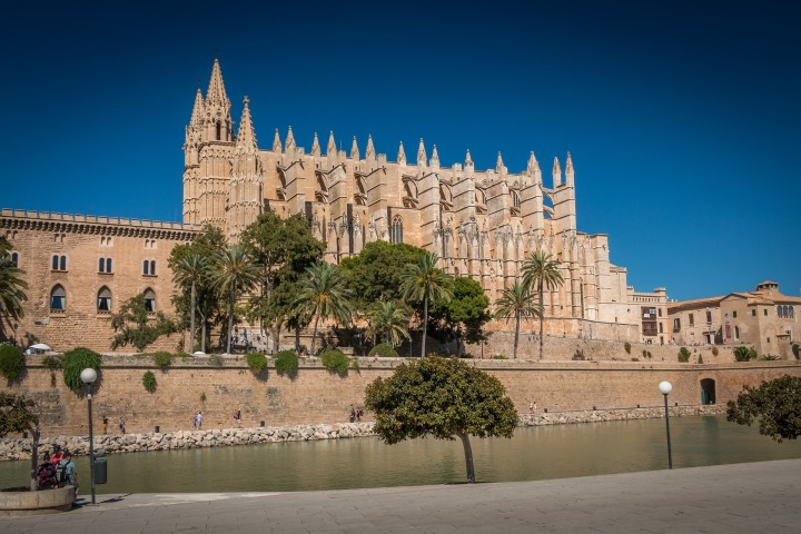 Spain: 5 Reasons Why Majorca Is A Perfect Holiday Destination