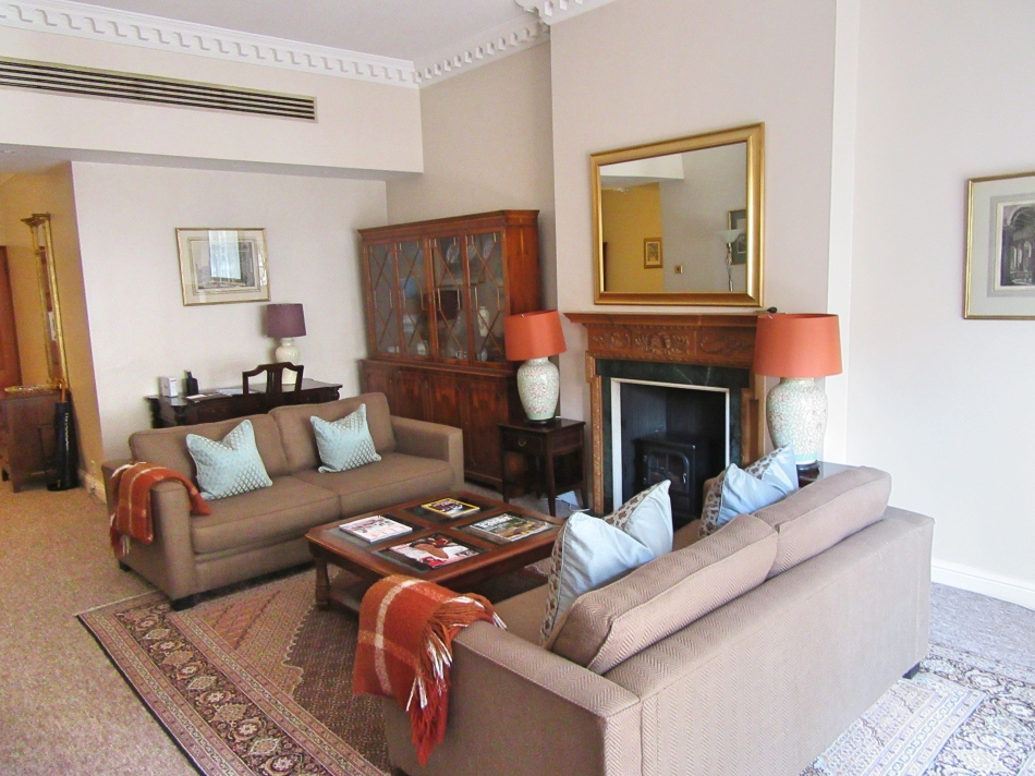 Living area at 9 Hertford Street, London