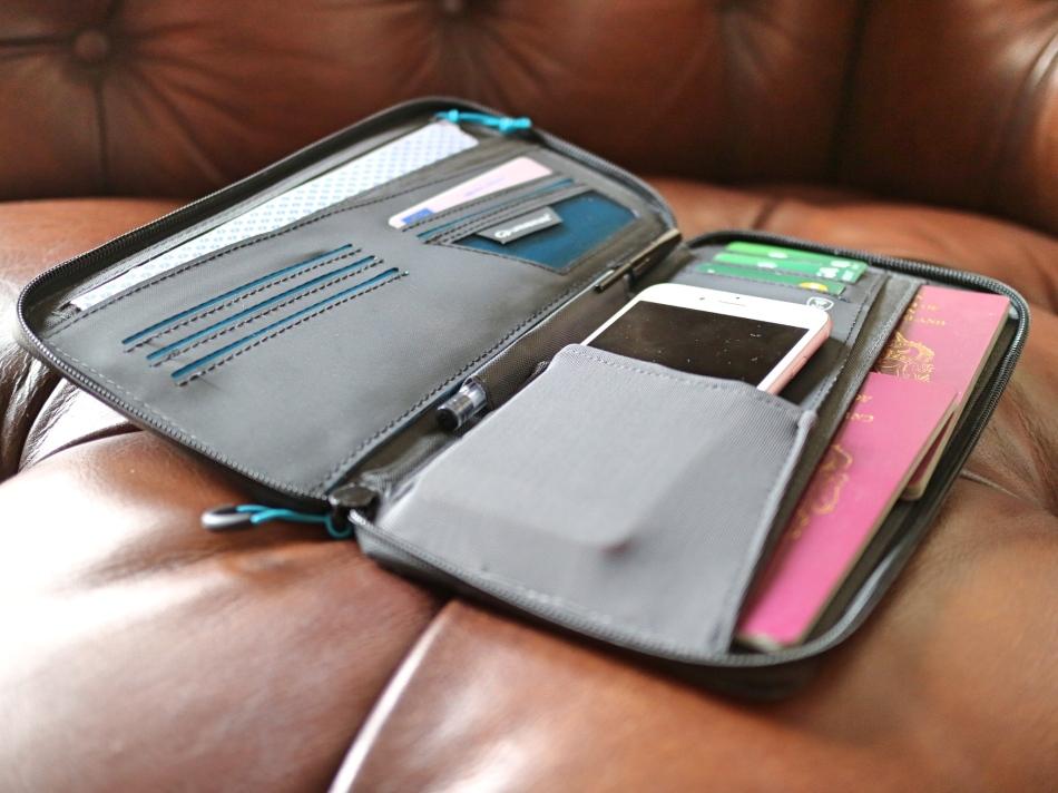 Lifeventure Travel Wallet