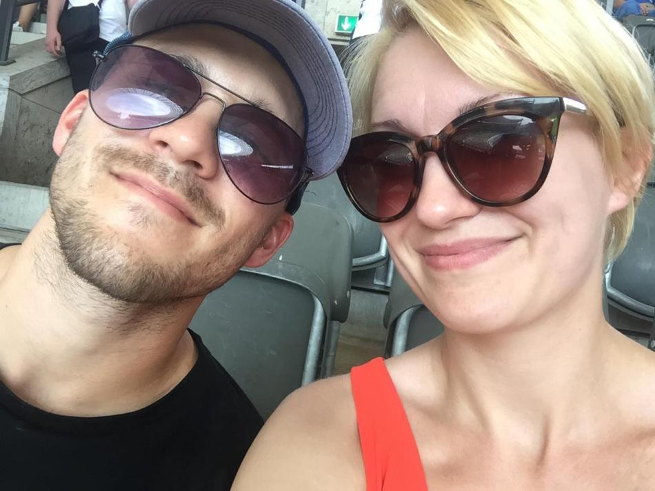Hannah & Rob - PairofPassports.com