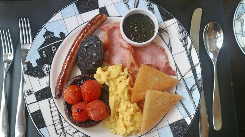 Breakfast at Penrhiw, St Davids, Pembrokeshire Coast