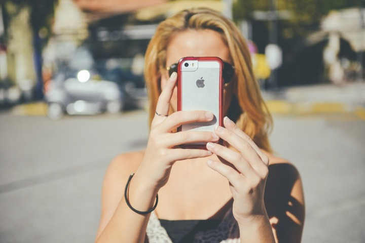 Using Smartphone Abroad