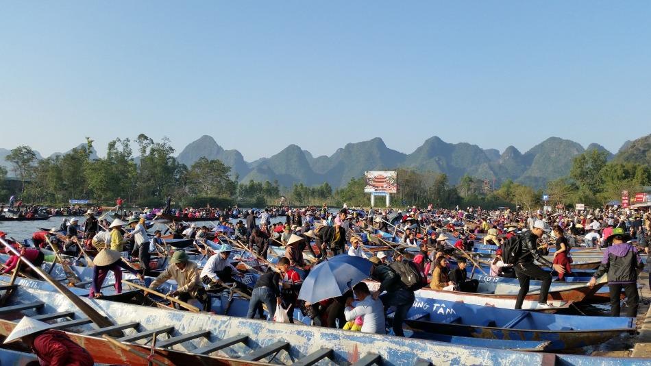 Perfume Pagoda Festival, Vietnam