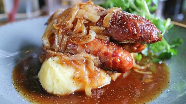 Sausage and Mash, Hart's Head, Giggleswick