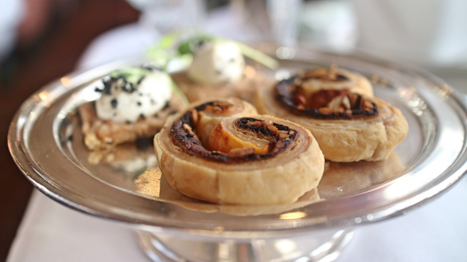 Canapes On The Northern Belle