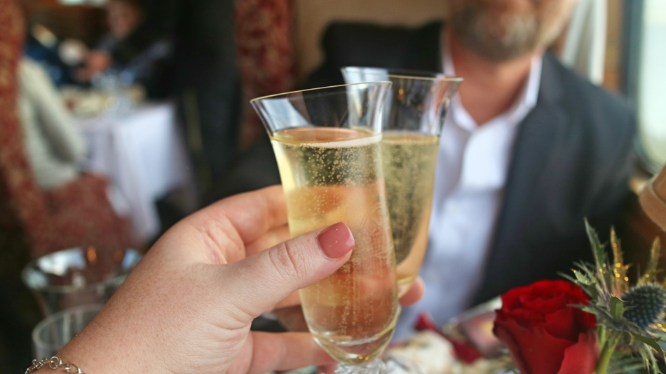 Champagne On The Northern Belle