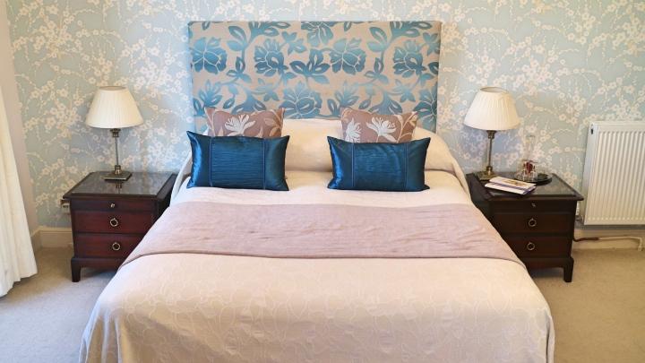 Ees Wyke Blue Room 2