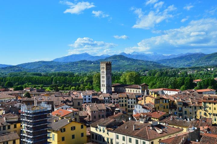 Lucca, Italy Skyline