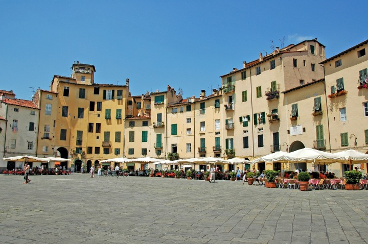 Piazza Anfiteatro Lucca, Italy
