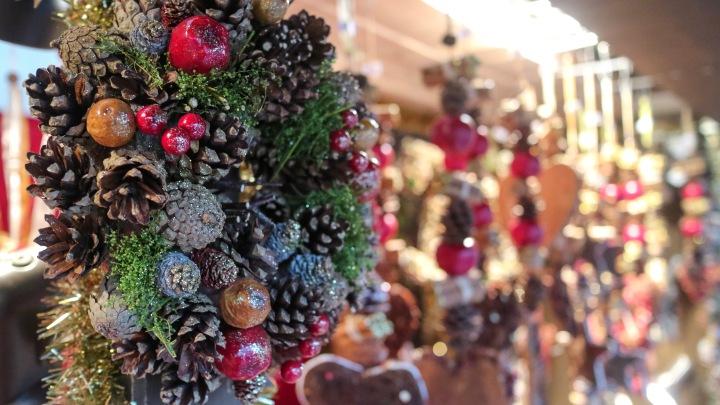 Christmas wreaths at Frankfurt Christmas Market