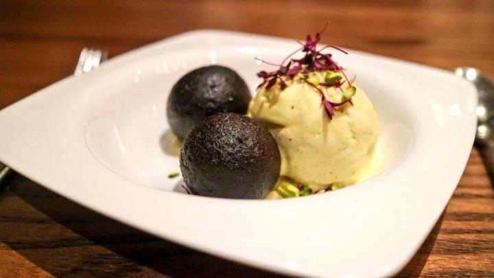 Dessert Tapasya Hull